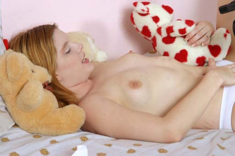 naked teen body 028.jpg